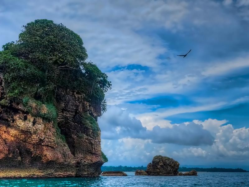 Isla Colon. Panamá. Panama. Asistencia médica para turistas y viajeros en Latinoamérica. Medical assistance for tourists and travelers in Latin America.