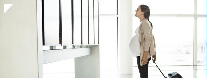 Cosas que toda embarazada debe prever antes de tomar un vuelo.