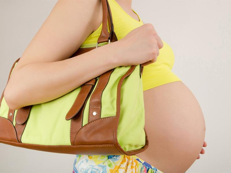 Embarazada. Pregnant. Asistencia médica para turistas y viajeros en Latinoamérica. Medical assistance for tourists and travelers in Latin America.